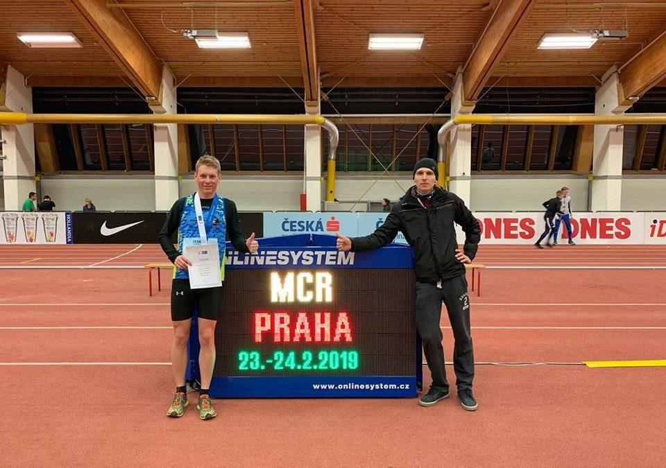 Filip Tlamka 3. na MČR na 3000 m